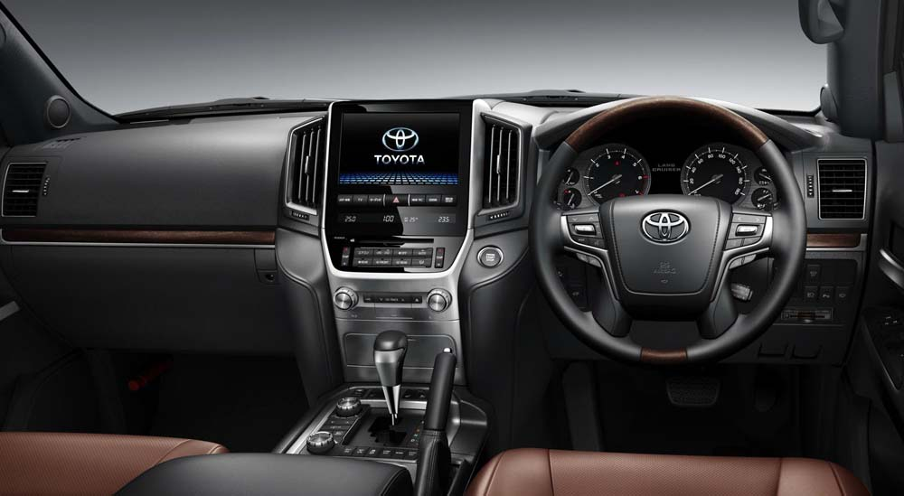 2016-toyota-land-cruiser-2