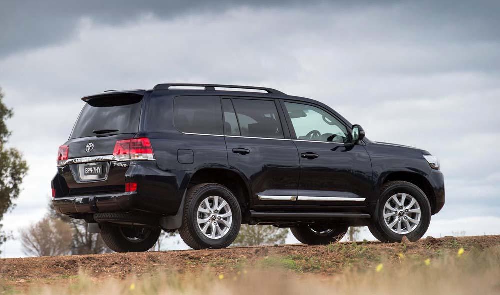 Ανανέωση για το Toyota Land Cruiser video