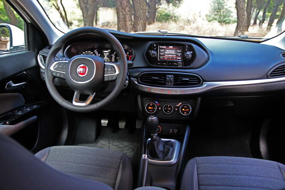 fiat tipo 1 3 mtj test drive. Black Bedroom Furniture Sets. Home Design Ideas