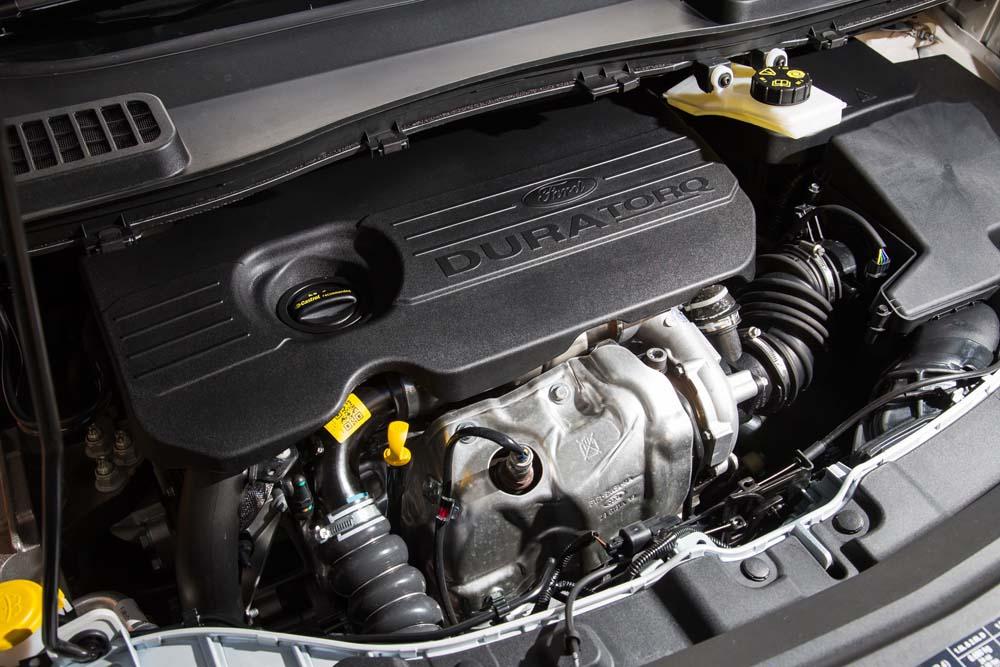 ford-kuga-tdci-120hp-caroto-test-drive-2016-28