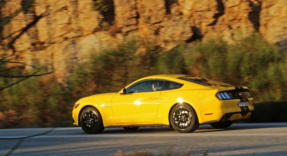 ford-mustang-v8-caroto-test-drive-2016-47