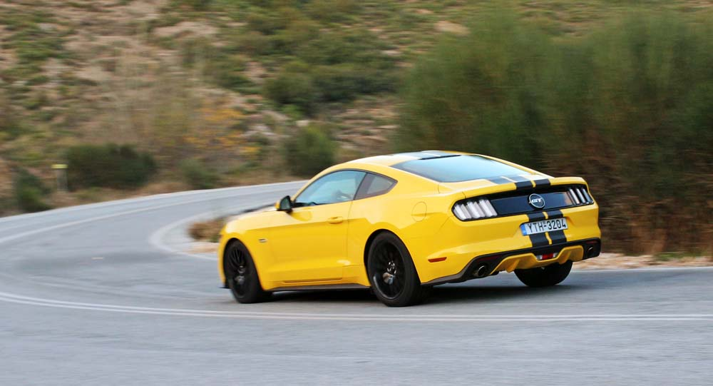 ford-mustang-v8-caroto-test-drive-2016-56