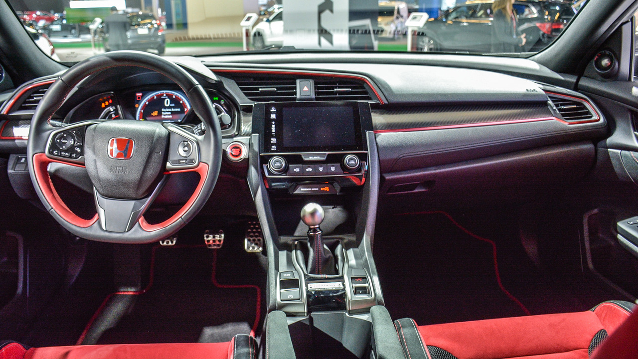 honda-civic-type-r-prototype-interior-1