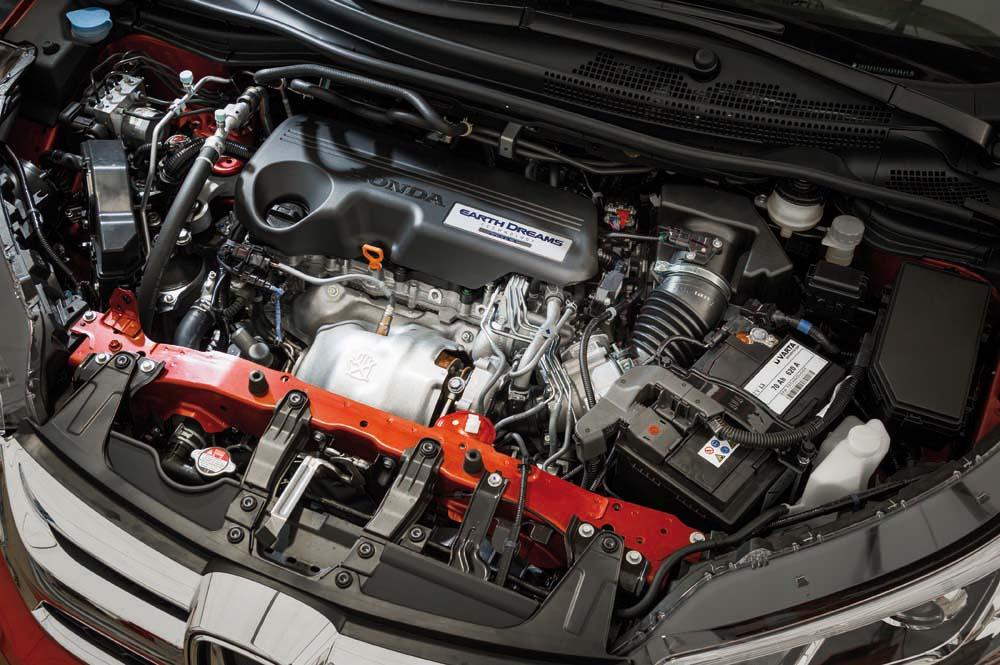 honda-cr-v-4wd-9at-caroto-test-drive-13