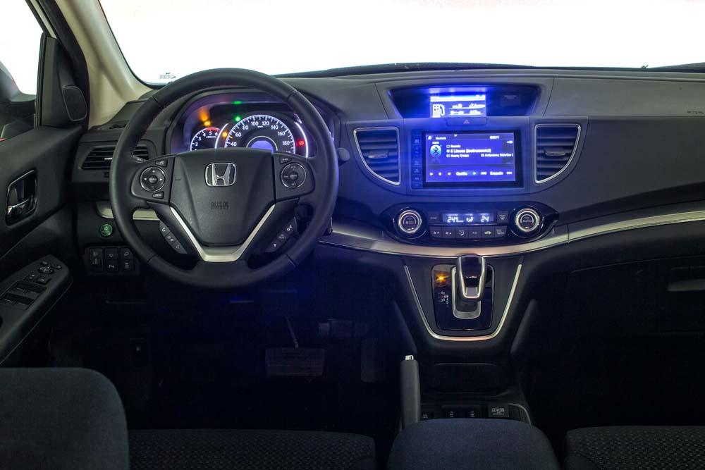 honda-cr-v-4wd-9at-caroto-test-drive-8