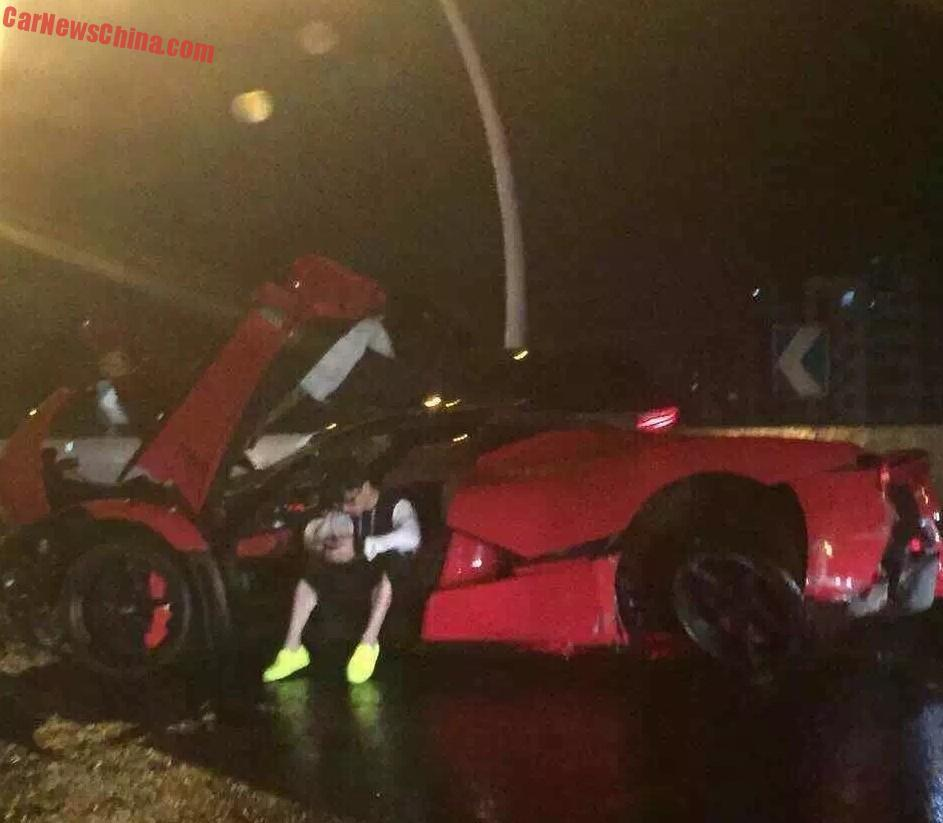 laferrari-crash-in-shanghai-1