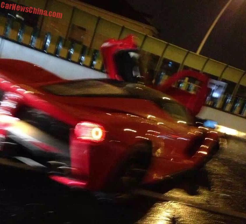 laferrari-crash-in-shanghai-3