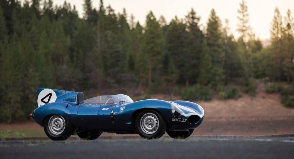 le-mans-winning-jaguar-d-type-for-sale-14
