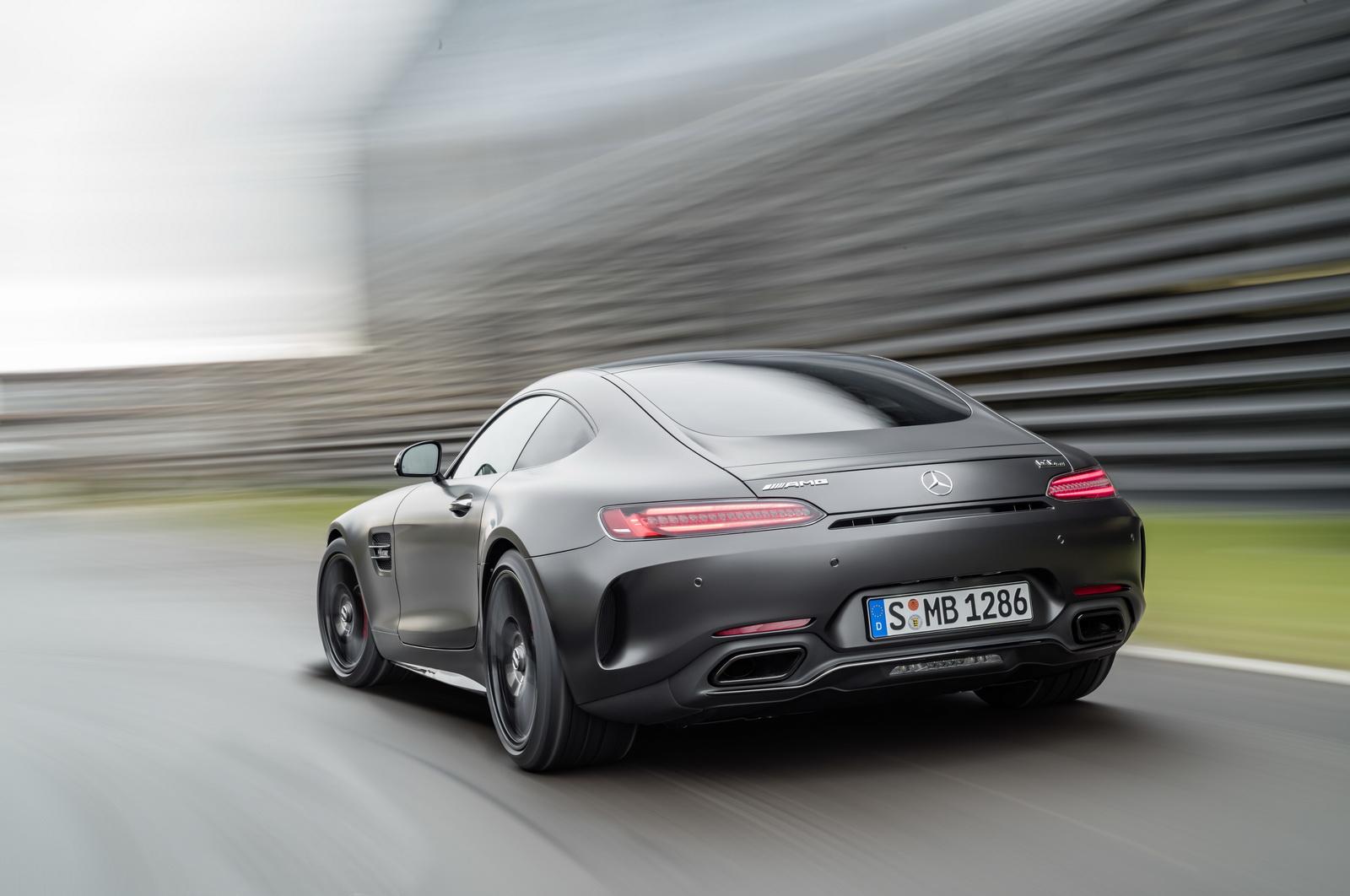 Mercedes-AMG GT C Edition 50, graphitgrau magno, Fahraufnahme ;Kraftstoffverbrauch kombiniert: 11,3 l/100 km, CO2-Emissionen kombiniert: 257 g/kmMercedes-AMG GT C Edition 50, graphite grey magno, driving shot; Fuel consumption combined:  11.3 l/100 km; Combined CO2 emissions: 257 g/km