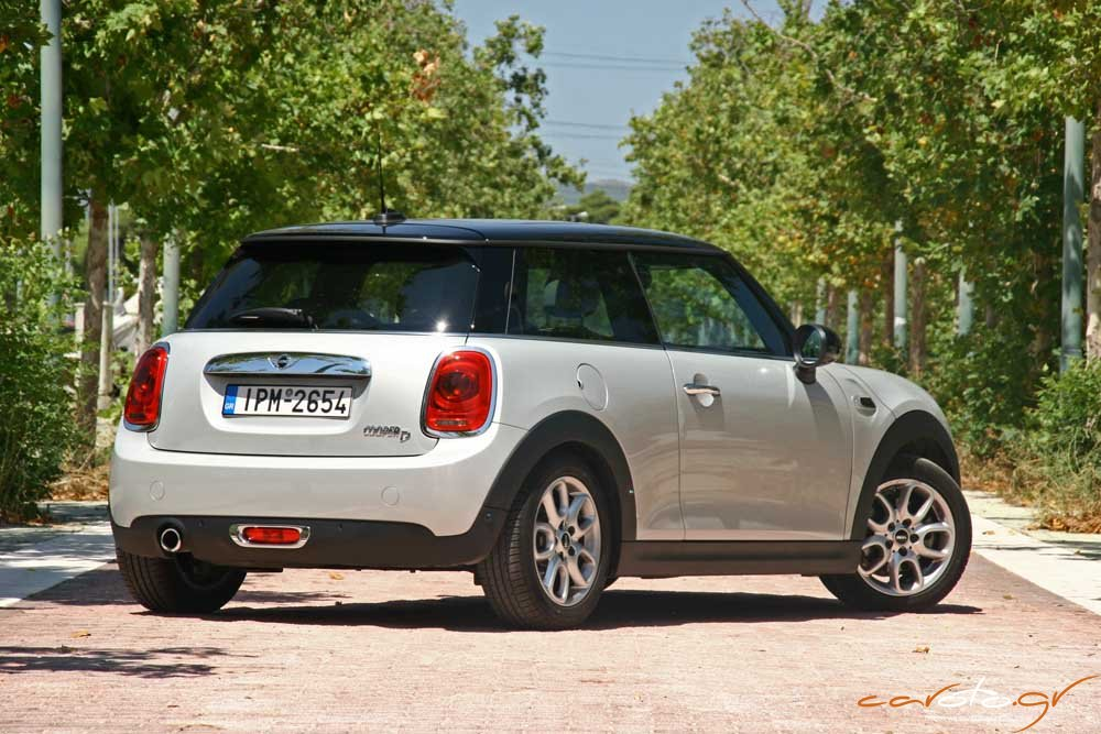 mini cooper 1 5 d auto test drive. Black Bedroom Furniture Sets. Home Design Ideas