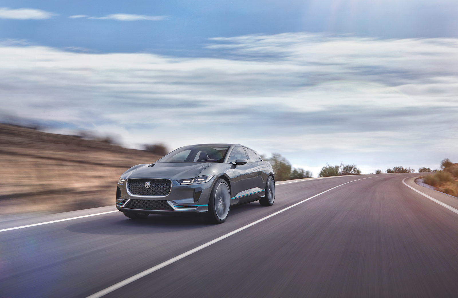 new-electric-jaguar-i-pace-crossover-concept-4