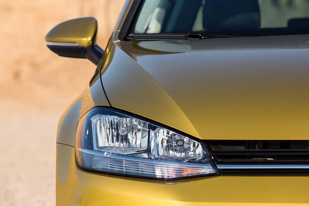 new Volkswagen Golf TSI 110PS caroto test drive 2017 (17)