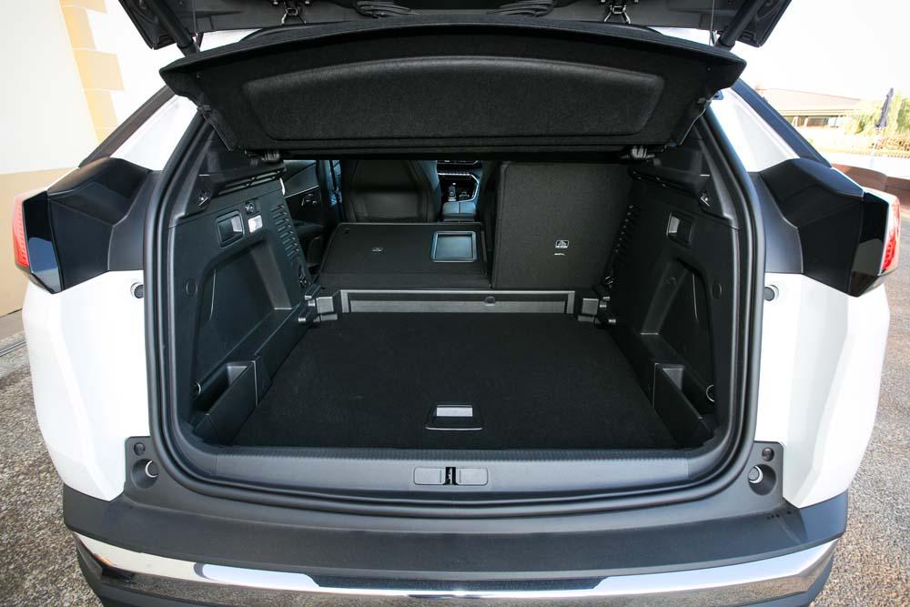 peugeot-3008-bluehdi-120hp-auto-caroto-test-drive-24