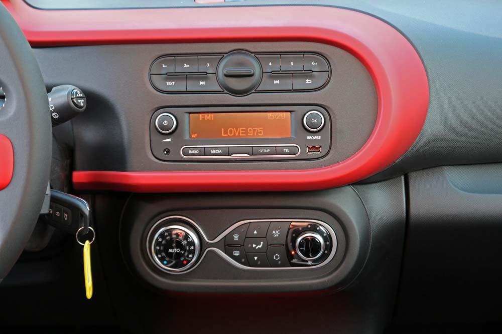 Renault Twingo TCe 90 caroto test drive (13)