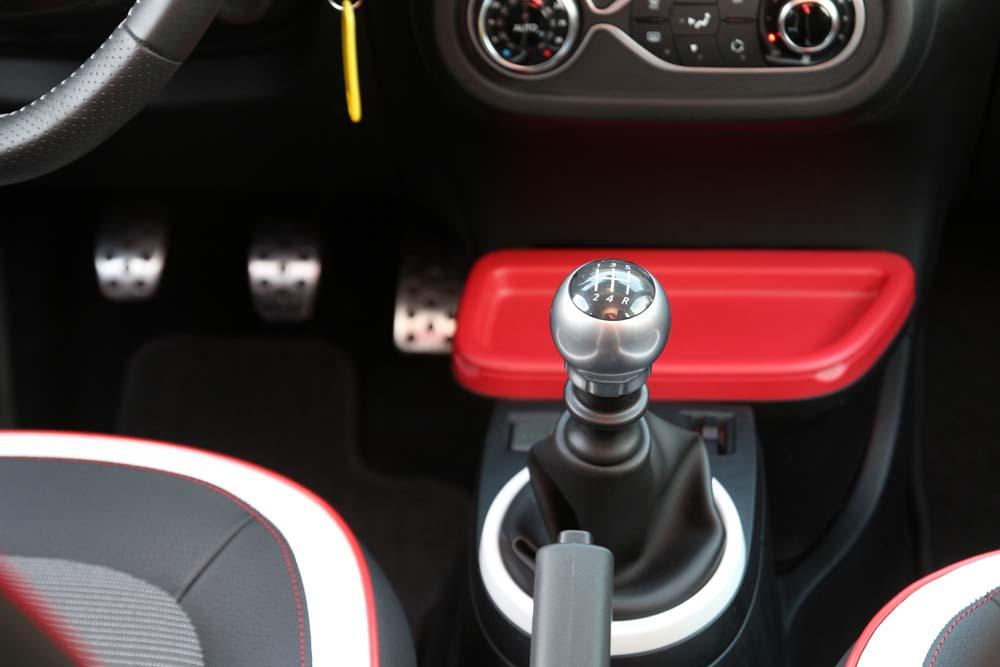 Renault Twingo TCe 90 caroto test drive (14)