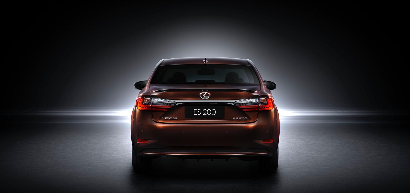 2016-lexus-es-facelift-1
