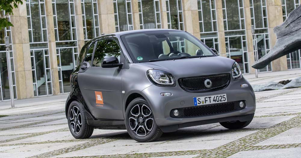 smart-fortwo-by-jbl-2