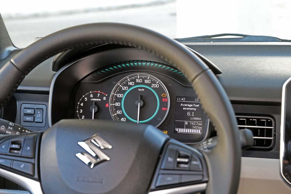 suzuki-ignis-caroto-test-drive-2016-21