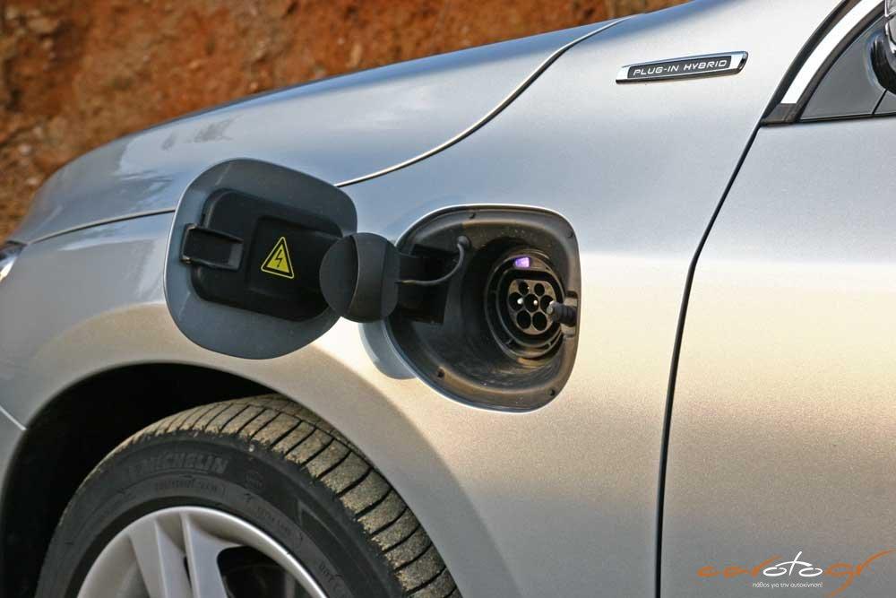 volvo-v60-plug-in-hybrid-caroto-test-drive-2015-10