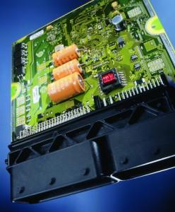 Η βασική λειτουργία της ηλεκτρονικής μονάδας διαχείρισης του κινητήρα είναι η ρύθμιση με ακρίβεια χιλιοστών των συστημάτων ψεκασμού και ανάφλεξης.