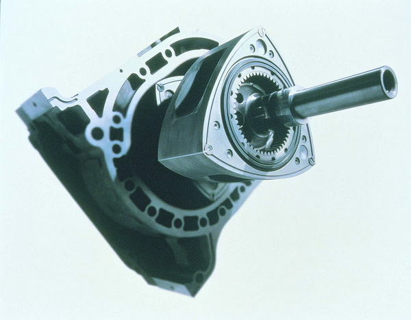 Photo of Βάνκελ κινητήρας (Wankel)