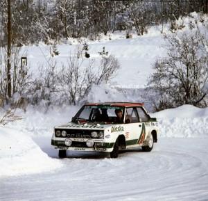 Γνωστό και ως «Mirafiori», το Abarth 131 κέρδισε τον παγκόσμιο τίτλο στα ράλι τις χρονιές 1977, 1978 και 1980 στα χέρια των αξέχαστων Markku Alen, Timo Salonen και Walter Rohlr.