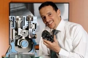 Ο άνθρωπος που επινόησε τον κινητήρα MCE-5, ο Vianney Rabhi