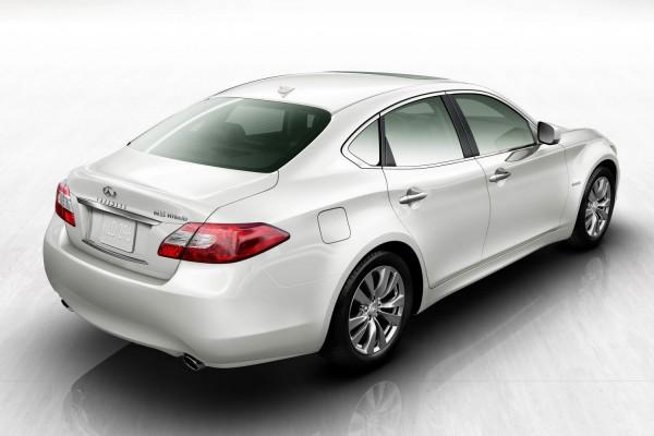 2012-infiniti-m35-hybrid-3