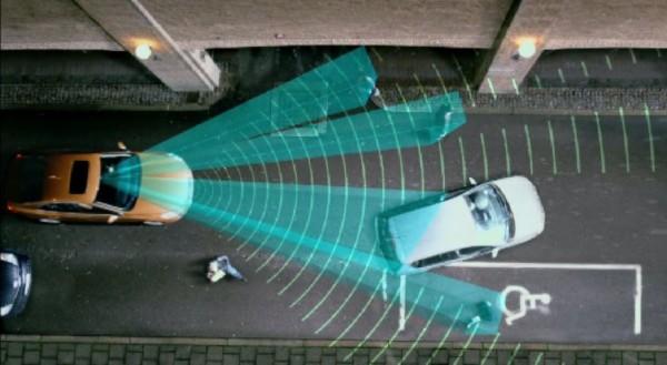 volvo-pedestrian-detection-full-auto-brake-3_3