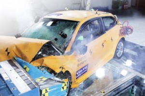 volvo-crashed-c30-electric-detroit-5