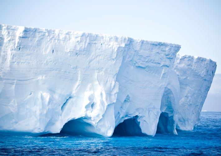 Photo of Η τήξη των πάγων σε Γροιλανδία και Ανταρκτική, κύρια αιτία ανόδου της στάθμης των θαλασσών