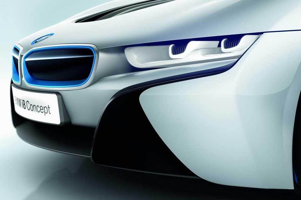 Photo of Η BMW εξελίσσει τεχνολογία φωτιστικών λέιζερ!
