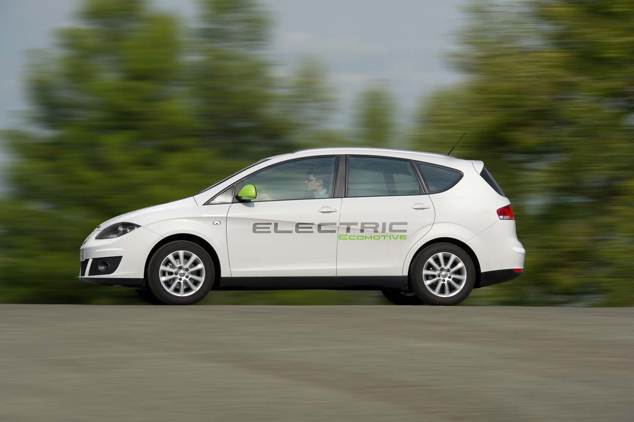 Photo of Altea XL Electric Ecomotive [green]