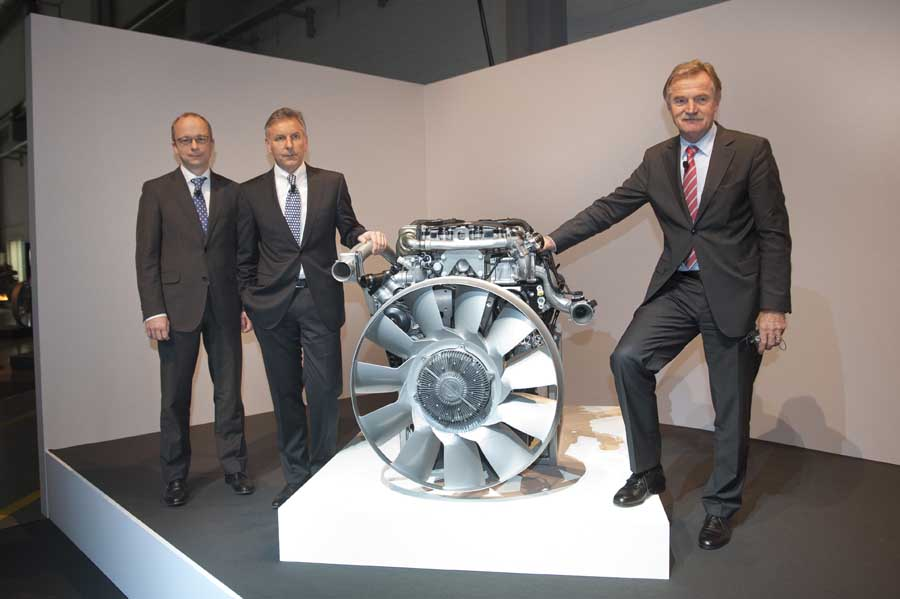 Photo of BlueEfficiency Power, νέα γενιά κινητήρων για επαγγελματικά Mercedes-Benz