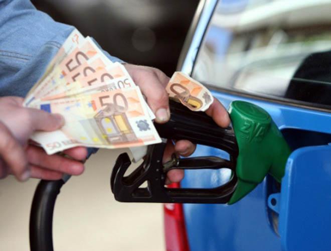 Photo of Οικονομική οδήγηση, 17 τρόποι για μείωση της κατανάλωσης!