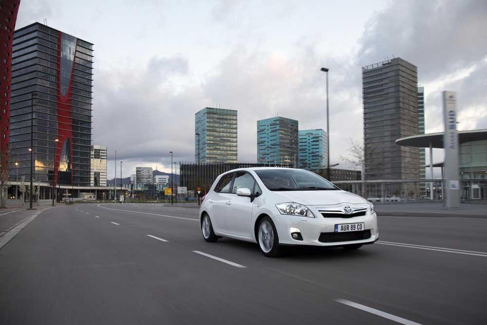 Photo of Toyota, 4 εκατομμύρια υβριδικά!