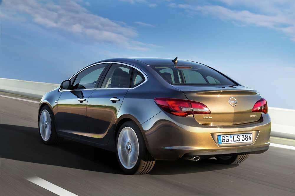 Photo of Opel, ντόρτια φέρνει το Astra!