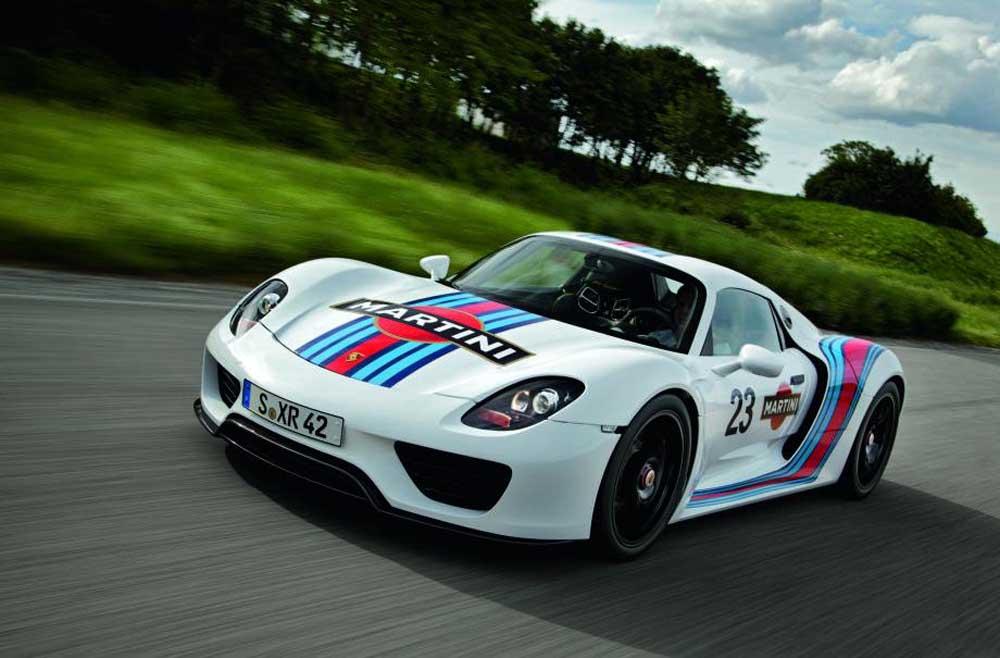 Photo of Porsche, στα χρώματα Martini η 918!