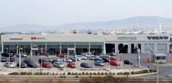 Το πρότυπο Κέντρο Επαγγελματικών οχημάτων-μηχανημάτων και βιομηχανικών προϊόντων καθώς επίσης και η κάθετη μονάδα αυτοκινήτων Honda - Mitsubishi Motors – Fiat – Alfa Romeo  και  Volvo cars (service) λειτουργεί σε σύγχρονες ιδιόκτητες εγκαταστάσεις στην περιοχή του Καλοχωρίου της Θεσσαλονίκης