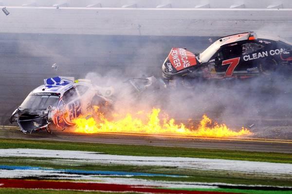 022313-NASCAR-CRASH-GALLERY-SS-G2_20130223182124253_600_400
