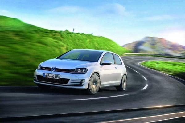 2014-VW-Golf-GTI-1000 (5)