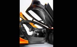 McLaren reveals P1 interior (2)