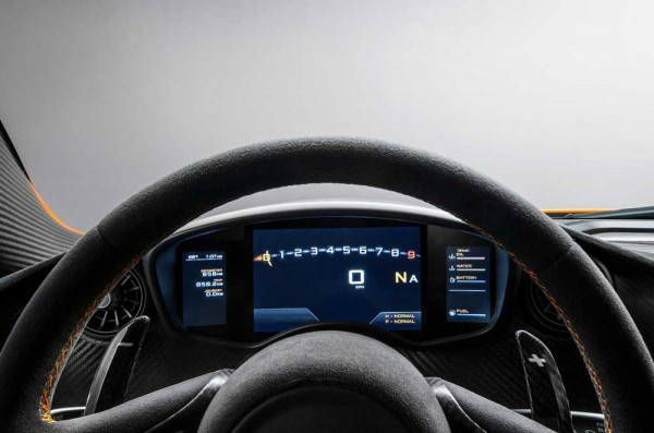 McLaren reveals P1 interior (3)