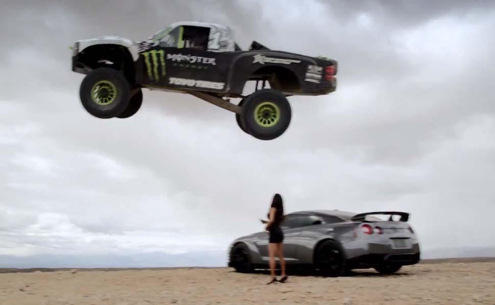 Photo of Μπορεί ένα φορτηγάκι να… πηδήξει ένα Nissan GT-R;
