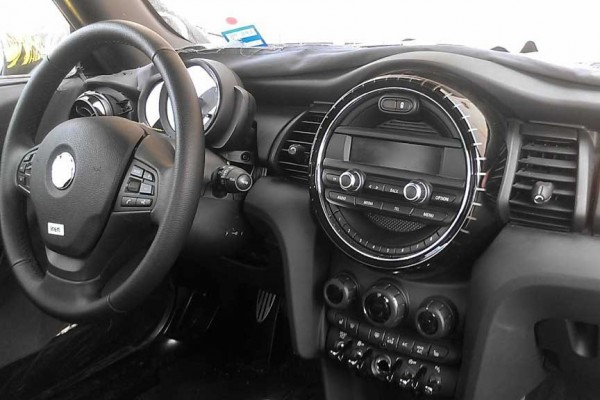next-generation-Mini-interior