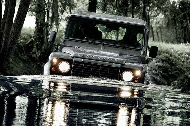 Photo of Land Rover, 65 χρόνια Defender!