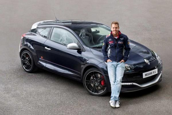 Renault-Megane-RS-Red-Bull-Racing-RB8 (3)