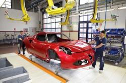 Alfa-Romeo-4C-in production line (14)
