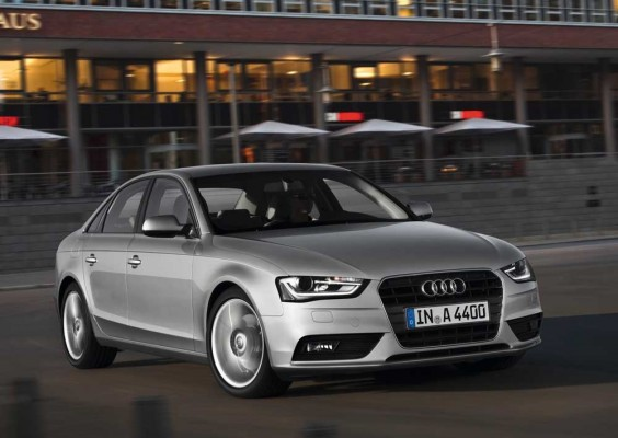 Audi-A4_2013_1000t