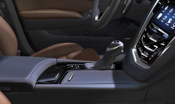 2014-Cadillac-CTS-014
